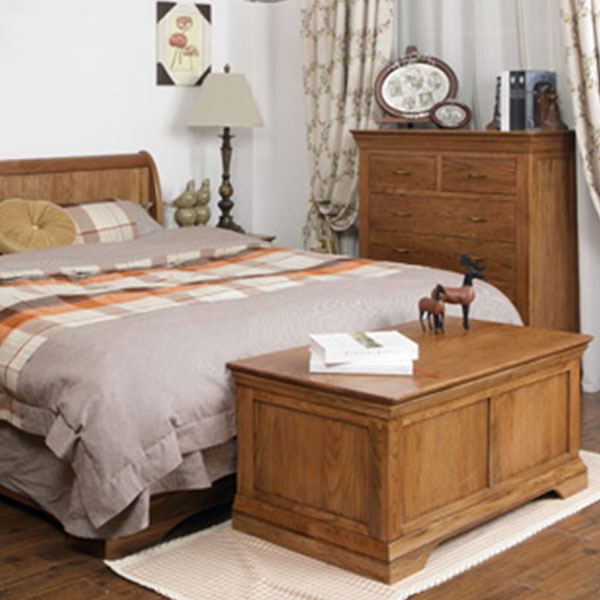Clermont Oak Bedroom Furniture