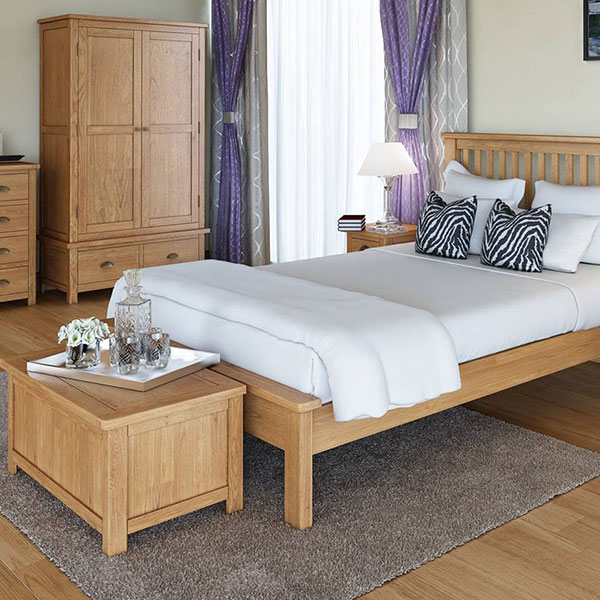 Portman Oak Bedroom Furniture