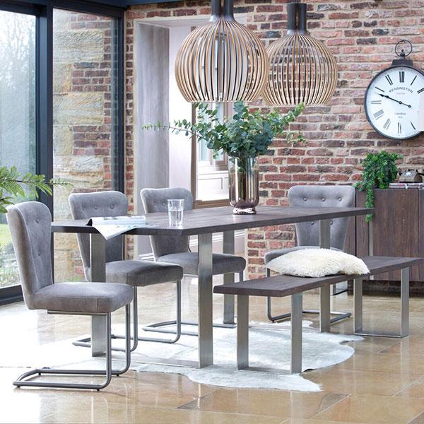Quadra Oak Living Room