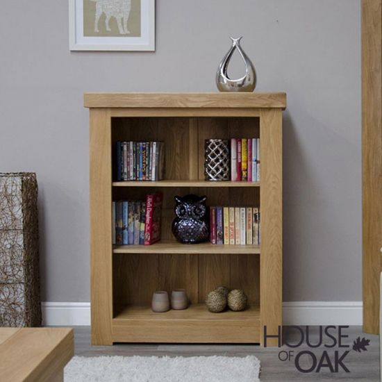 Manor Oak Small Bookcase