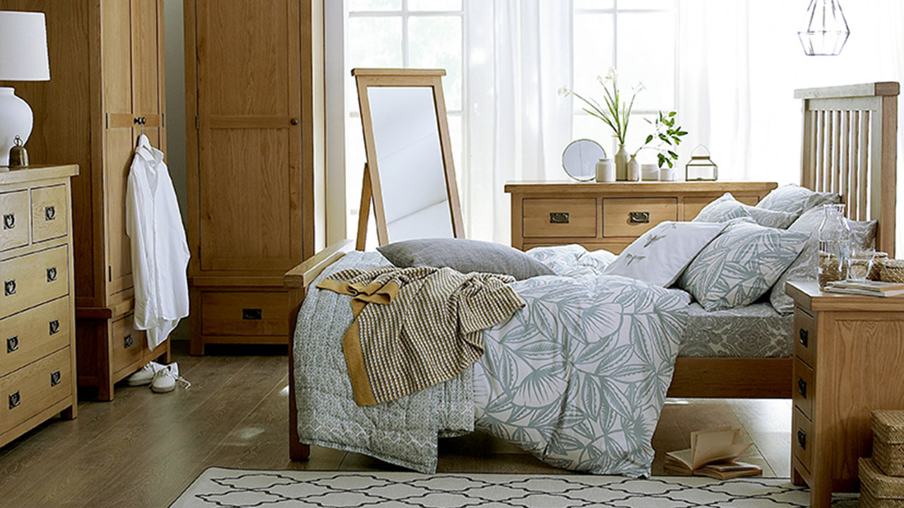 What Colours Go with Oak Furniture?  House of Oak