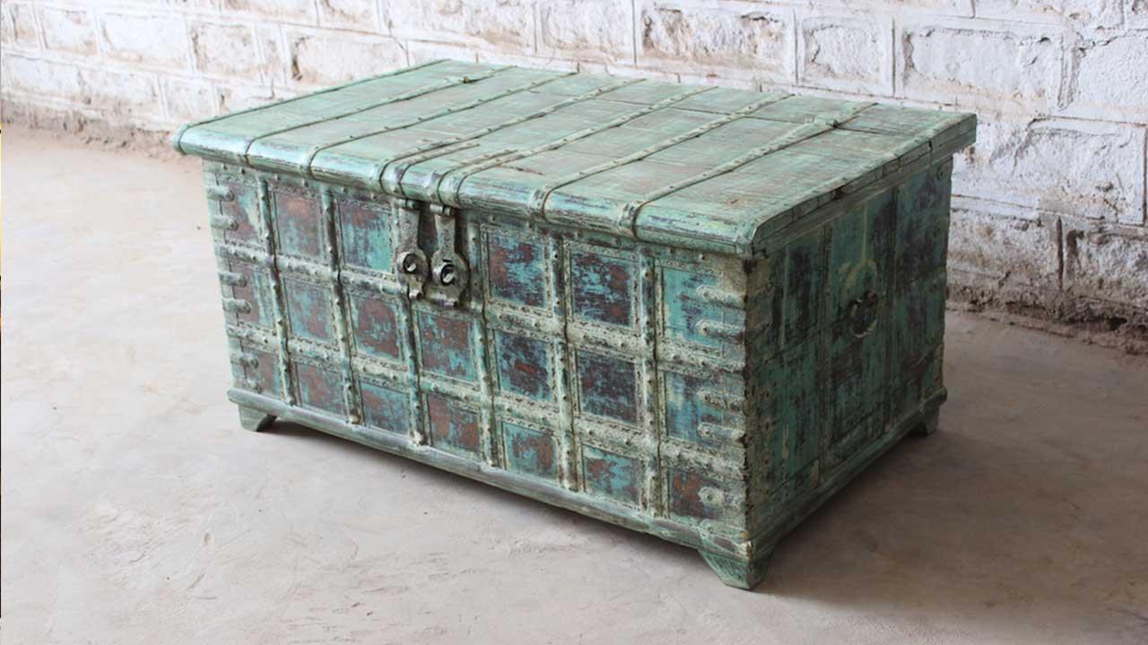 Unusual Oak Furniture: 6 Interesting Ideas