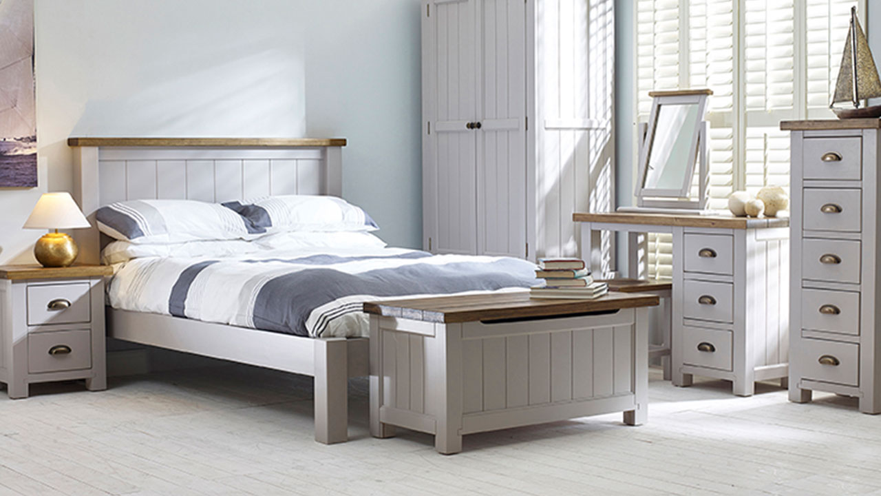 Cotswold Rustic Pine in Grey Bedroom Furniture