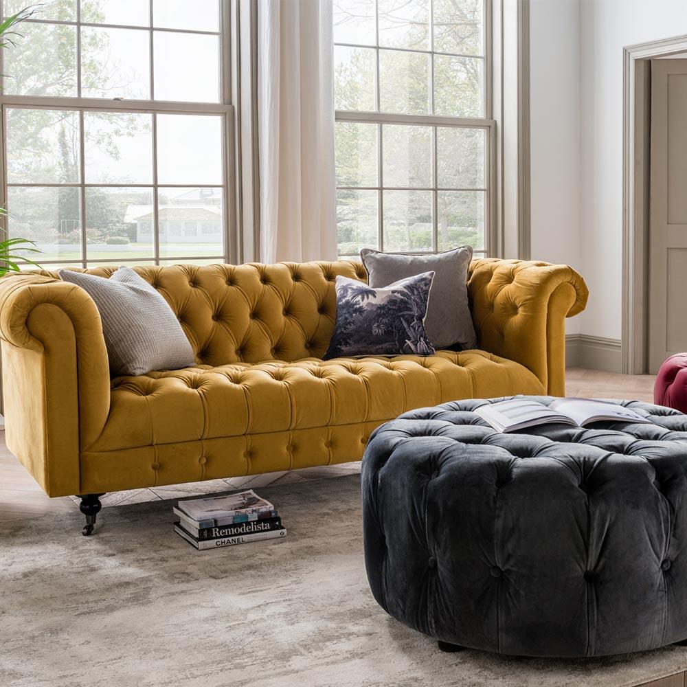 Darby Chesterfield Living Room Range