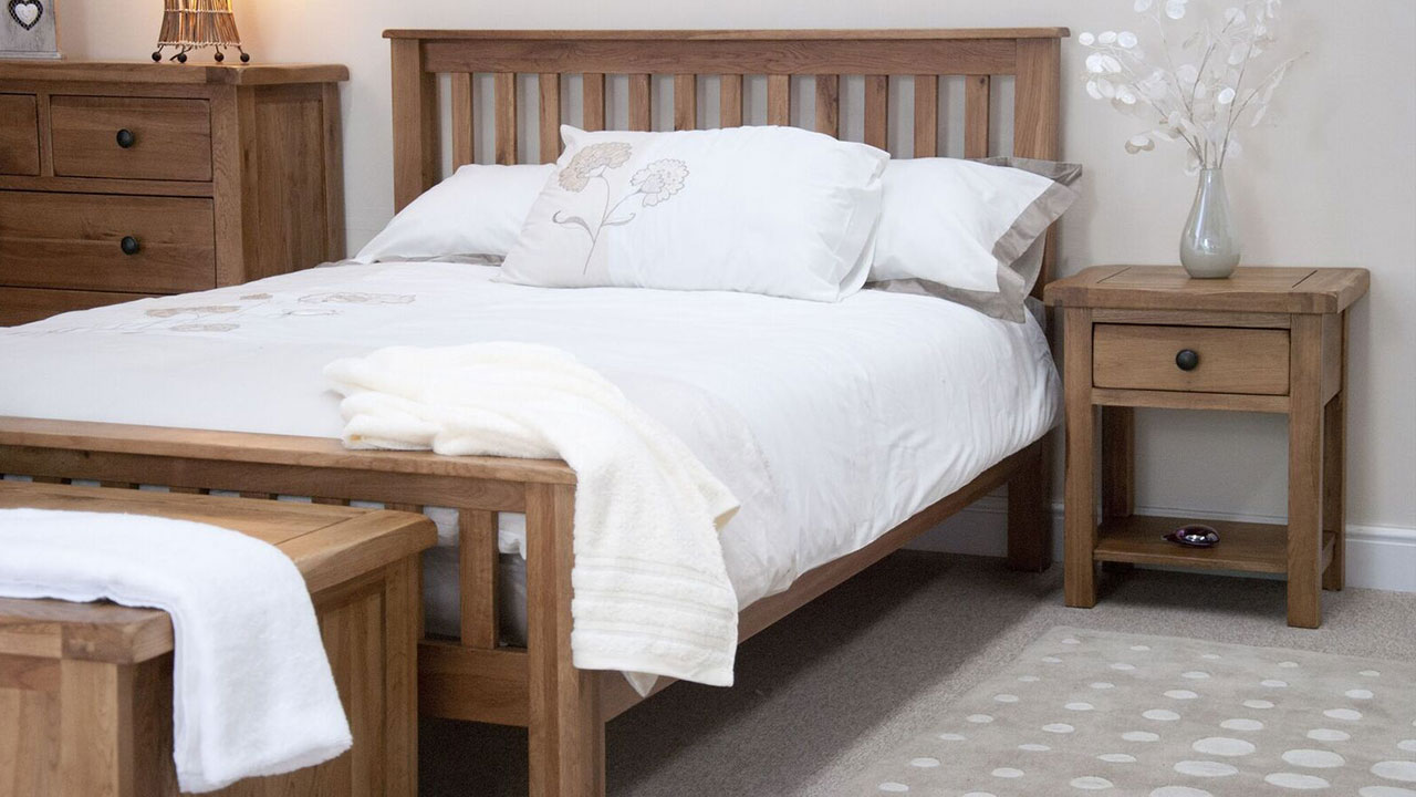 Rustic Oak Bedroom Furniture