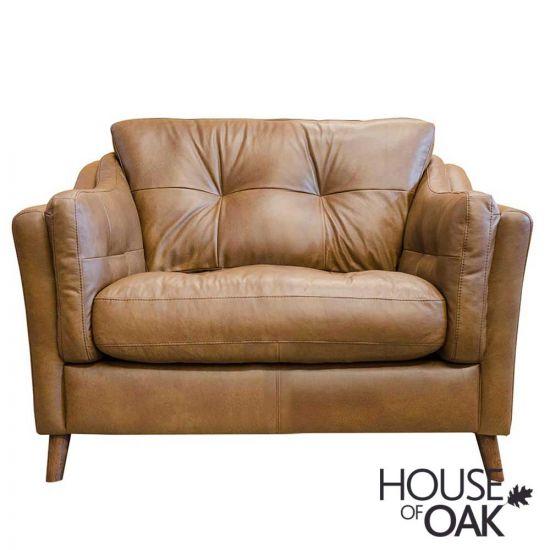 Saddler Snuggler Chair