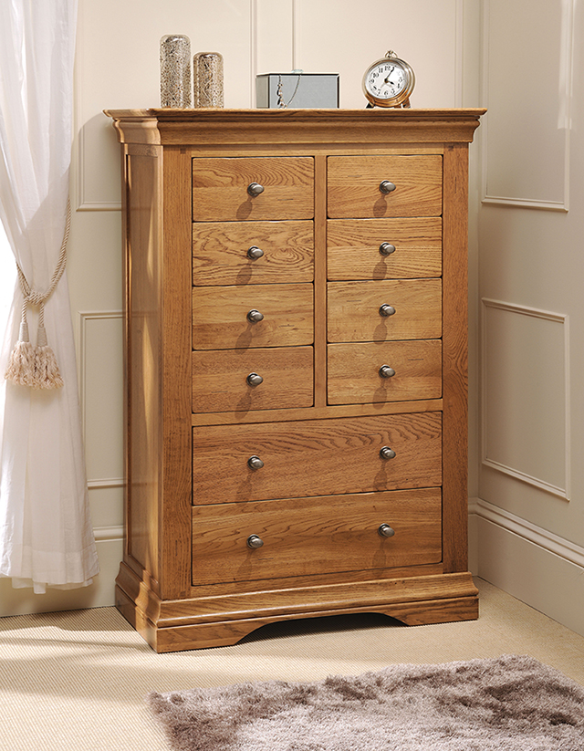Clermont Oak 8 Over 2 Chest Of Drawers