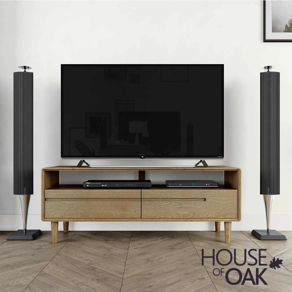 Scandic Oak - Medium TV Unit