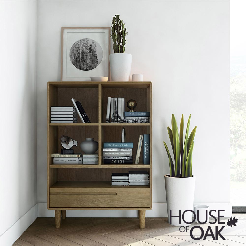 Scandic Oak - Small Bookcase