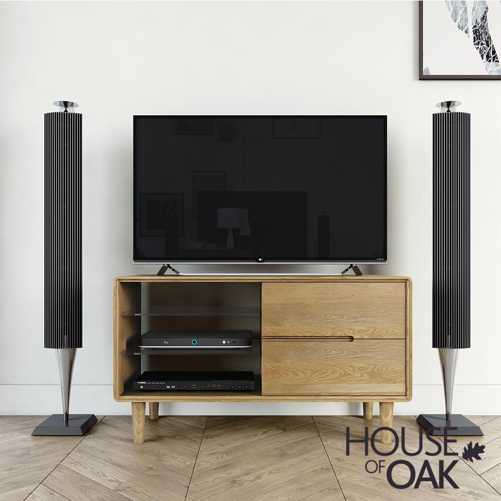 Scandic Oak - Small TV Unit